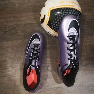 Nike Shoes - Nike Mercuial Vortex II FG Soccor Cleats